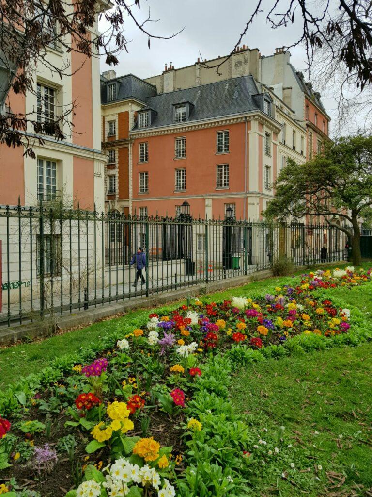 Rue Du Parc Royal